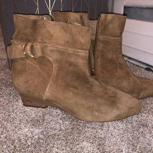 Nine West booties boots 9.5